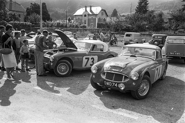 Austin Healey 3000s, back in the day